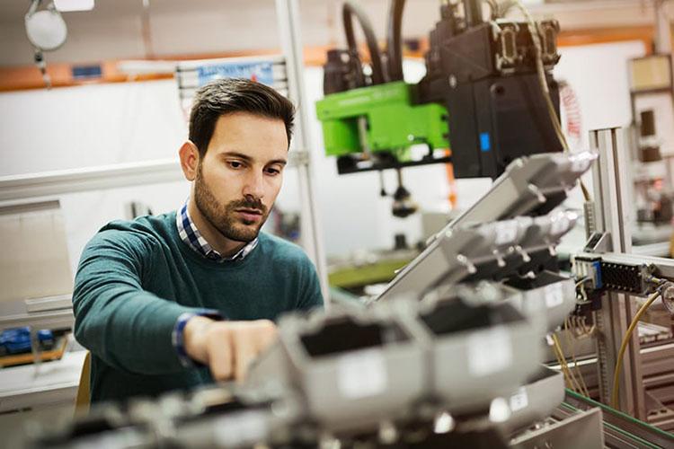 Kỹ sư cơ khí: những thông tin cần thiết cho người theo đuổi nghề
